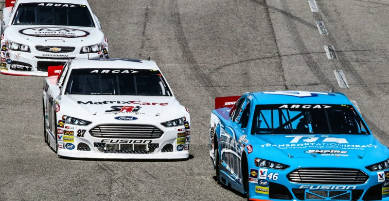 ARCA Cars Race Into Fairgrounds Speedway Turn (Rich Corbett Photo)